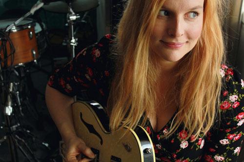 """Judith Holofernes, ehemalige Sängerin der Band """"Wir sind Helden"""", verbrachte ihre Jugend in Freiburg"""