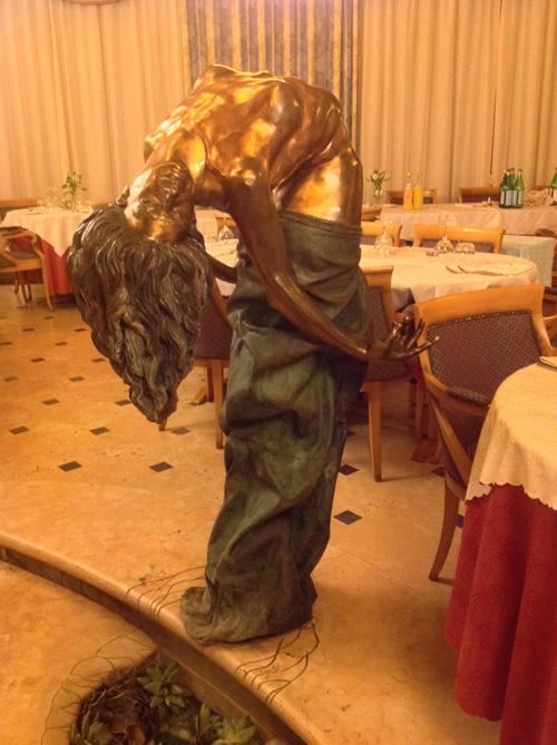 Kunst im Restaurant: Schnappschuss aus Padua. Foto: tbr